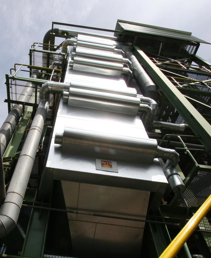 Waste heat boiler behind a waste pyrolysis
